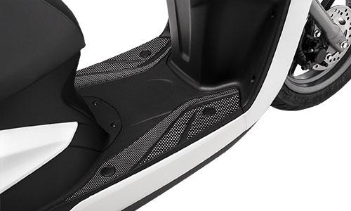 Danh gia Yamaha Acruzo 2015 Gia xe va chi tiet hinh anh - 6