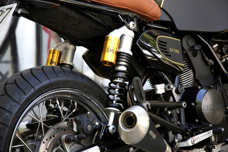Ducati GT1000 do cuc chat voi mot phong cach noi loan - 6
