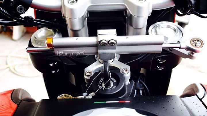 Ducati Hypermotard do nhe voi vai mon do choi kieng - 2