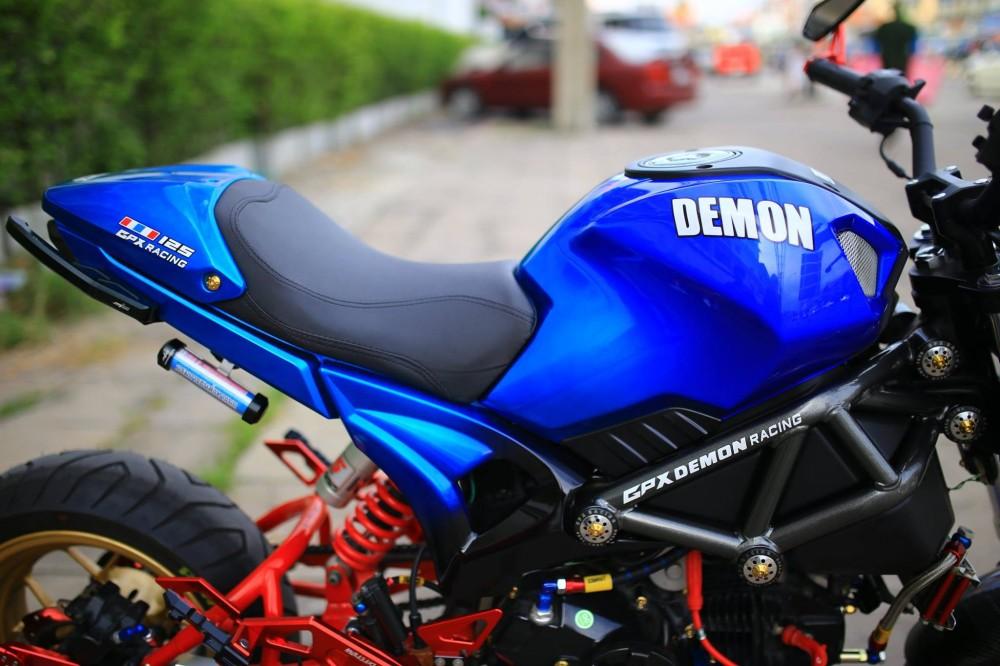 Ducati Mini do phong cach cung dan do choi kieng - 3