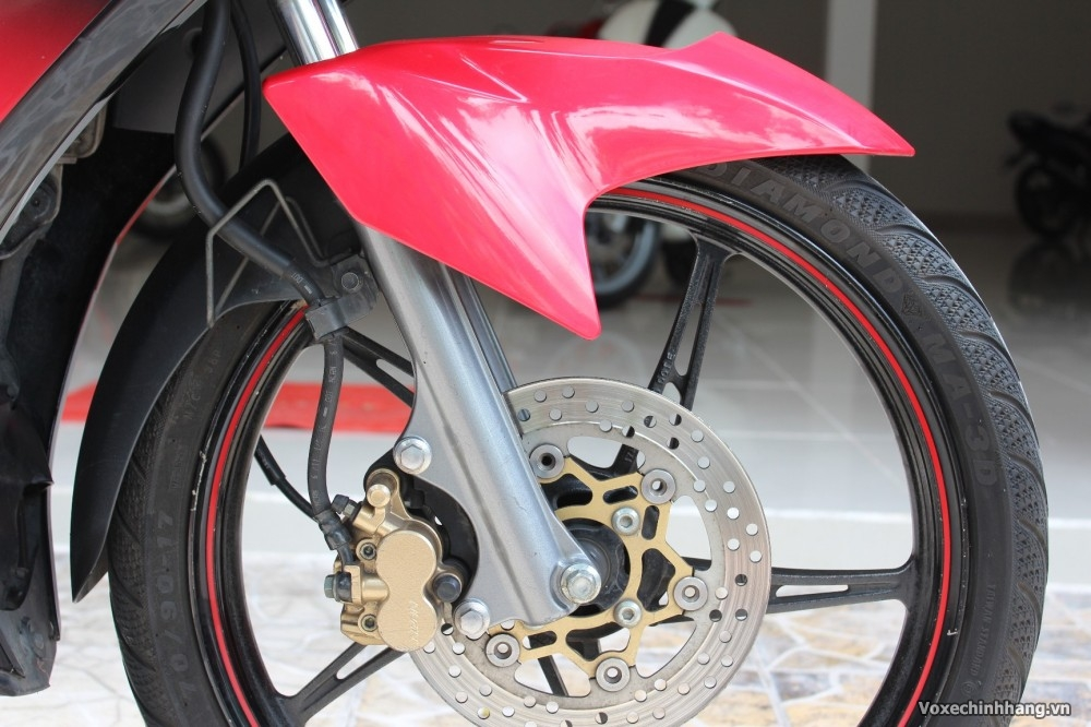 Banh truoc Exciter 135 thay vo xe Maxxis loai nao