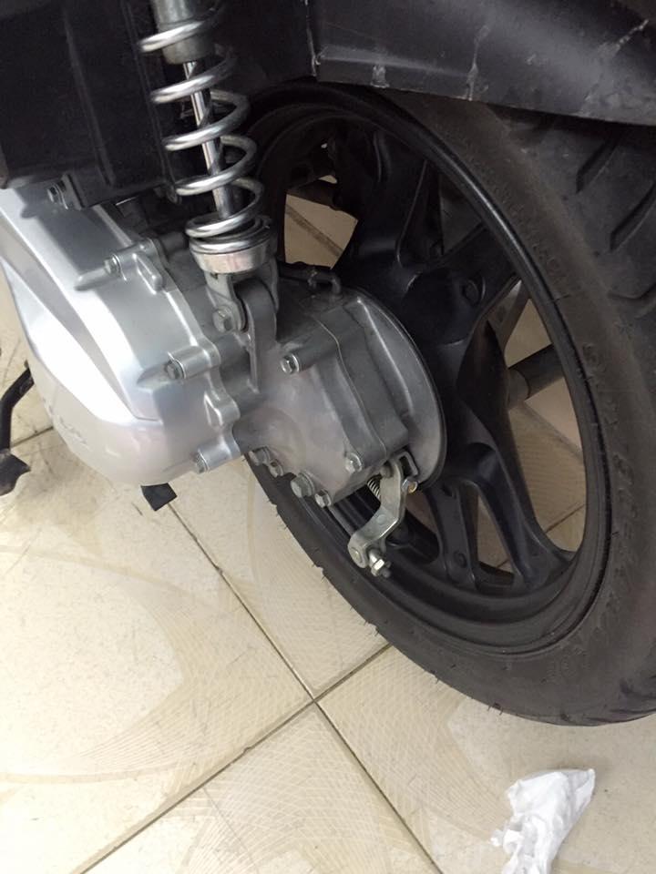 Honda airblade fi dau bo trang xam chinh chu - 2