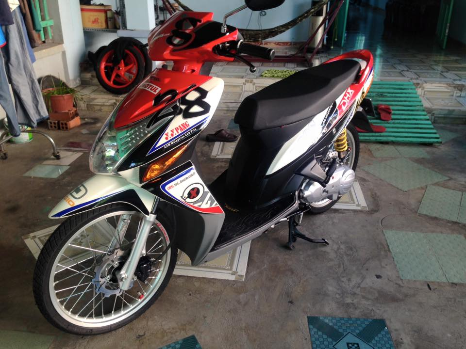 Honda Click kieng phien ban dac biet - 4