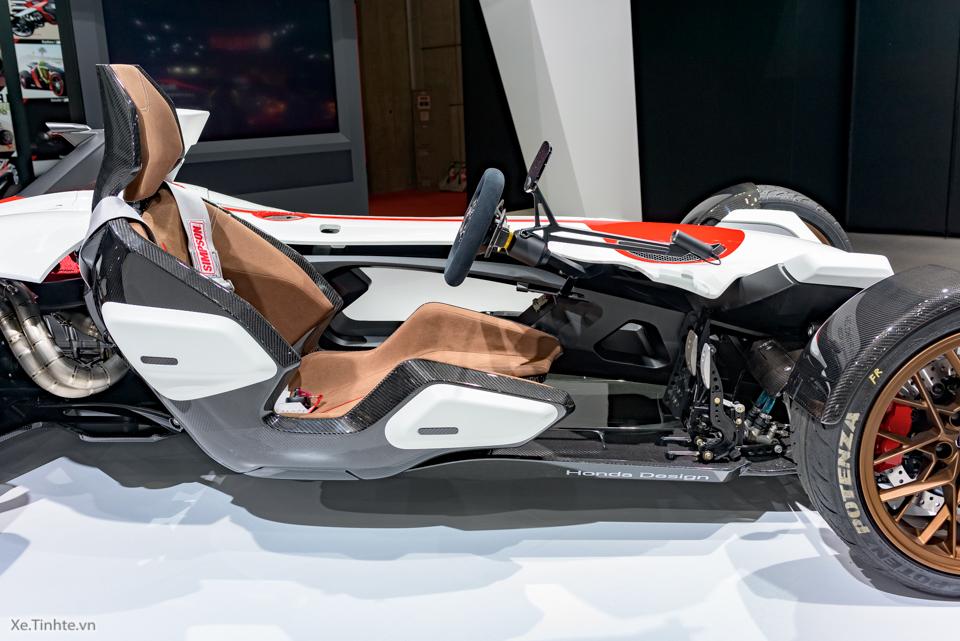 Honda Project 24 xe dua 4 banh voi dong co cua sieu mo to RC213V - 6