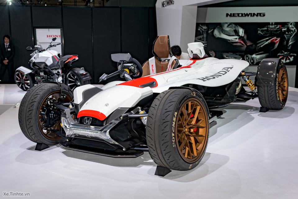 Honda Project 24 xe dua 4 banh voi dong co cua sieu mo to RC213V - 9