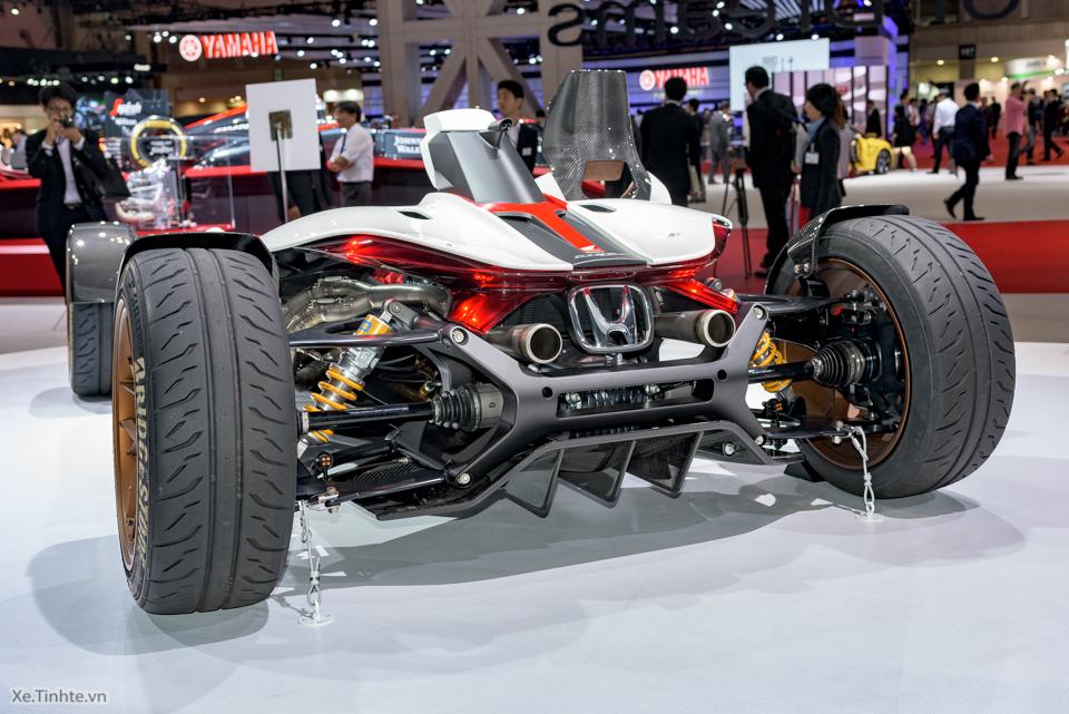 Honda Project 24 xe dua 4 banh voi dong co cua sieu mo to RC213V - 13