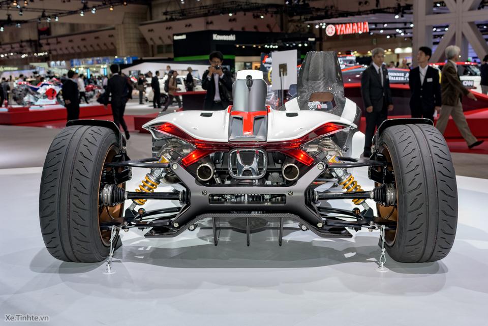 Honda Project 24 xe dua 4 banh voi dong co cua sieu mo to RC213V - 15