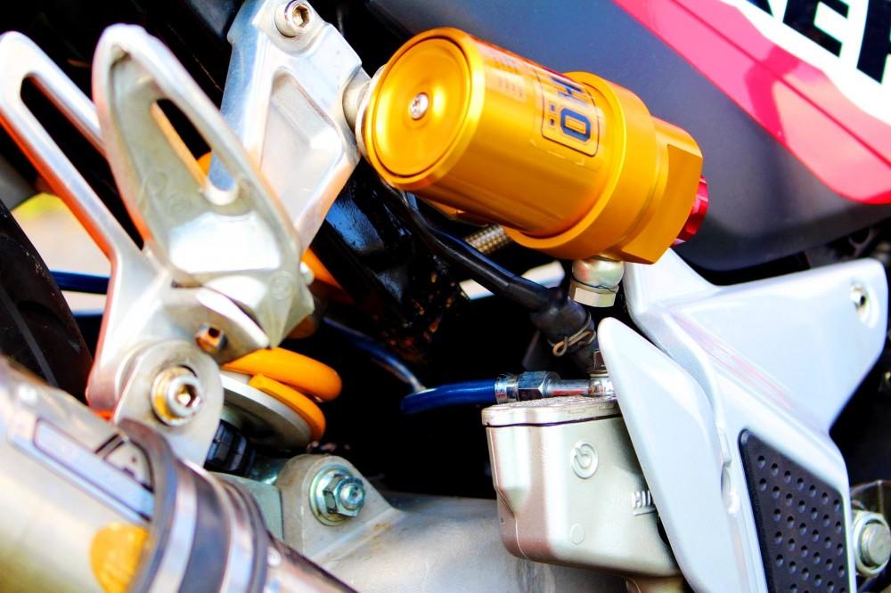 Honda Sonic do day phong cach voi dan do choi khung - 7