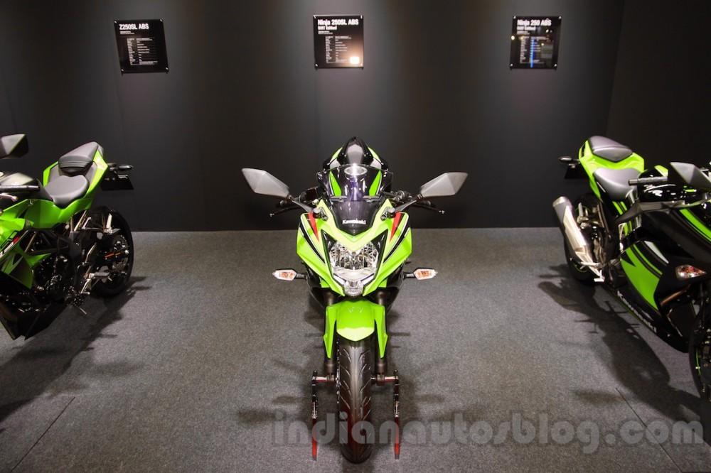 Kawasaki Ninja 250SL 2016 trinh lang tai Tokyo Motor Show 2015 - 2