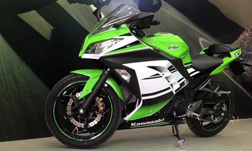 Kawasaki Ninja 300 giam gia sau nham canh tranh voi Yamaha R3