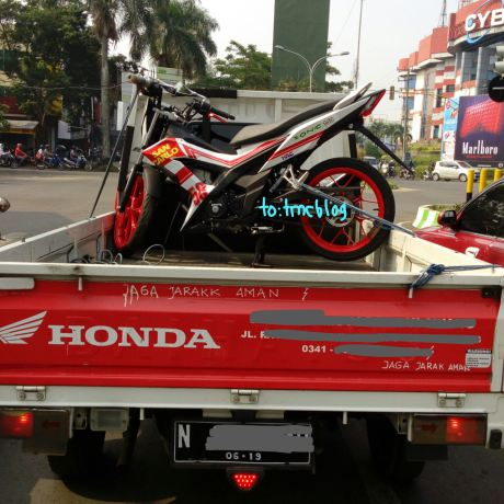 Lo anh Honda Sonic 150R Phien ban ky niem San Carlo 58