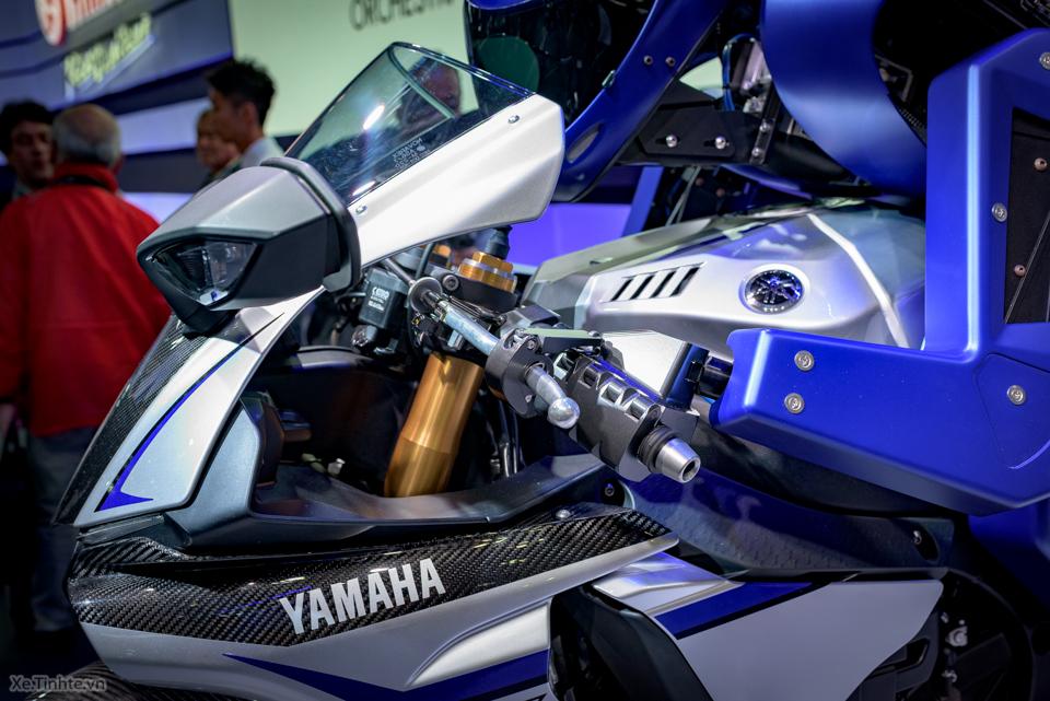 Robot lai xe cua yamaha - 6