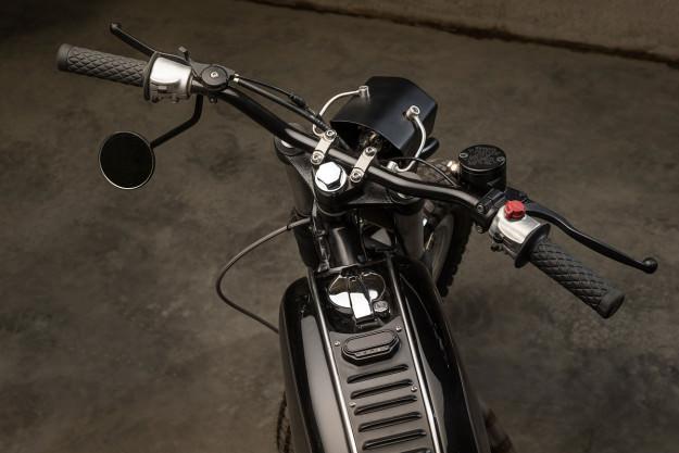 Royal Enfield Bullet hang khung tu xuong do Moto Dubai - 4