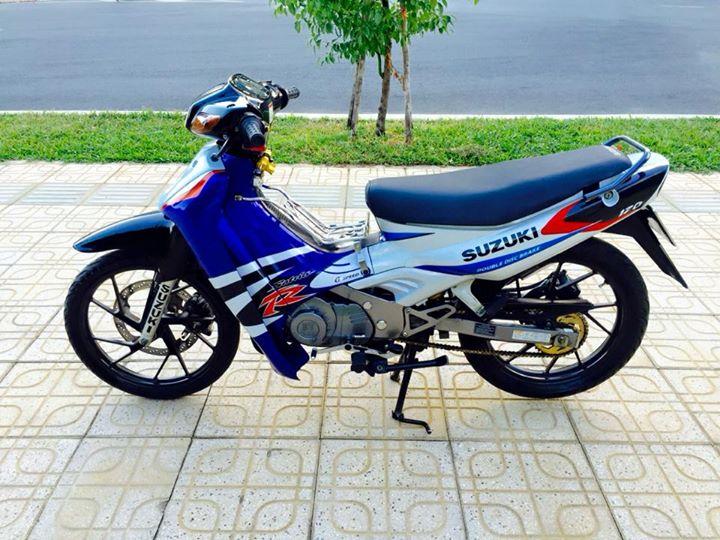 Su Xipo do dong ho Koso X1R tro luc RPM vo Michelin
