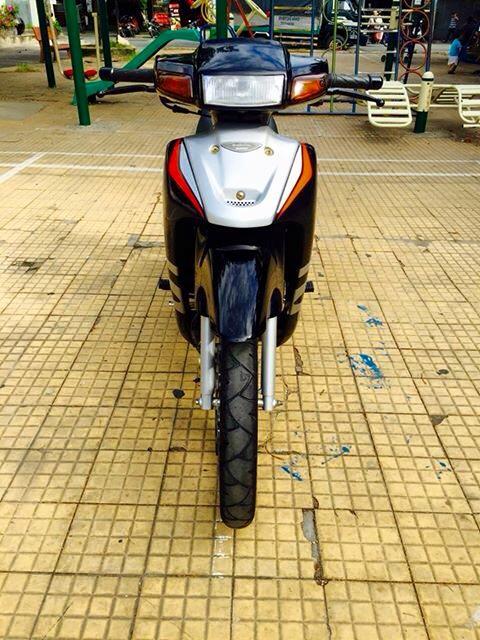 Suzuki Sport 120 do duoc rao ban voi gia 135 trieu - 3