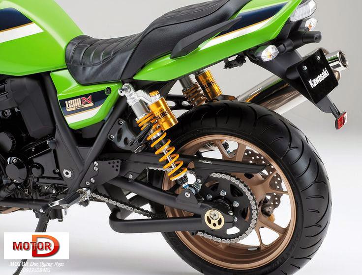 Trum Nakedbike Kawasaki Luc si co bap ZRX1200 DAEG tren duong ve Ha Noi - 7