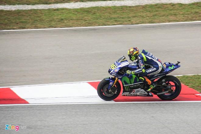 Valentino Rossi Nha Vo Dich trong long nguoi ham mo