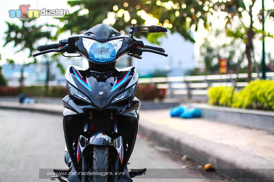 Yamaha exciter phien ban BMW MPerformance s135rr - 5