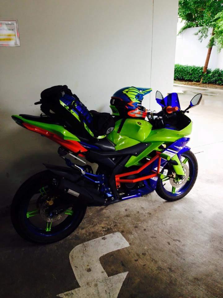 Yamaha R15 do phien ban Noi Bat - 2