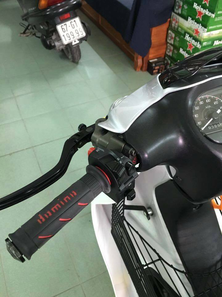 Yamaha Z125 voi goi do hang hieu kha khung - 4