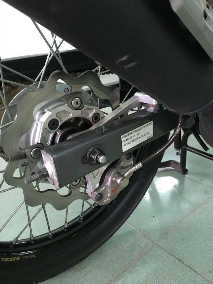 Yamaha Z125 voi goi do hang hieu kha khung - 5