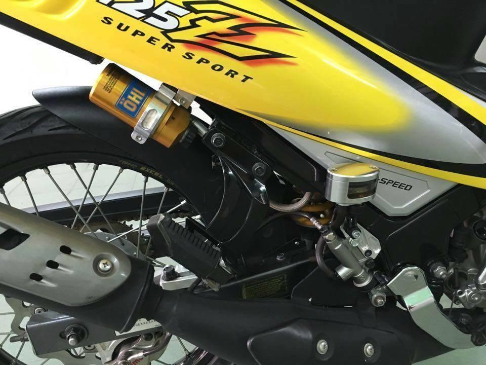 Yamaha Z125 voi goi do hang hieu kha khung - 6
