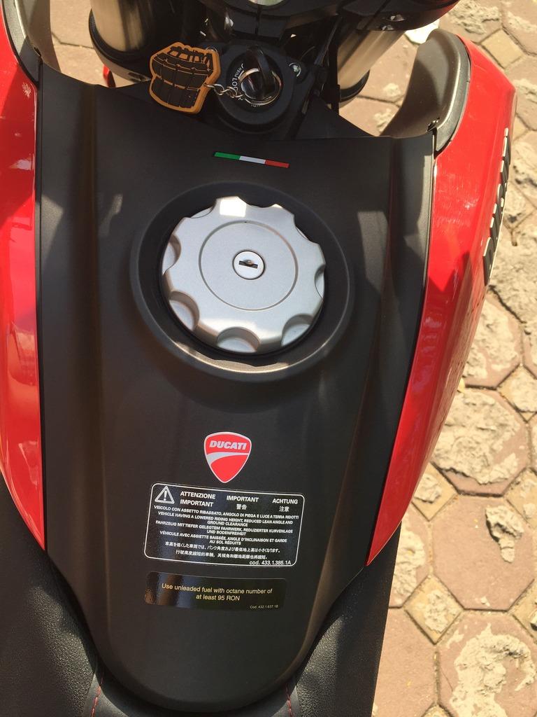 Ban Ducati Monster 821 600km - 2