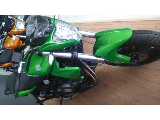 Can ban xe Moto Benelli Bn302 moi 100 Xuat hoa don cho ai can - 4