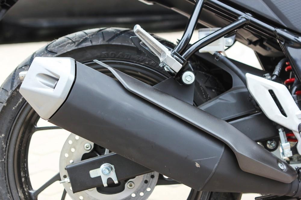 Chi tiet Honda CB150R 2016 tai Ha Noi - 12