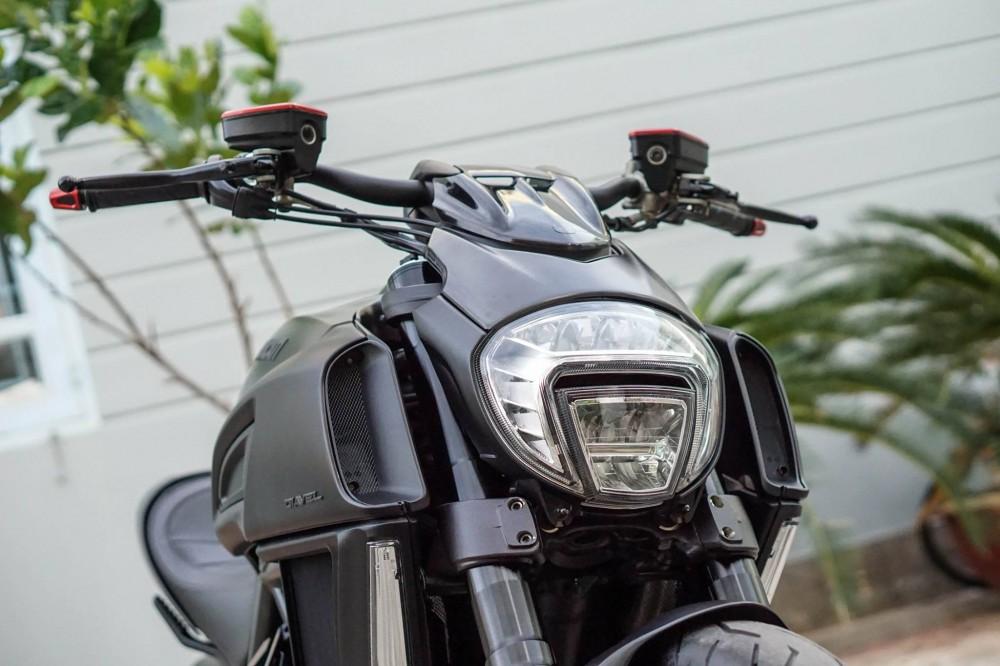 Ducati Diavel 2015 do kieng day manh me va hap dan - 2