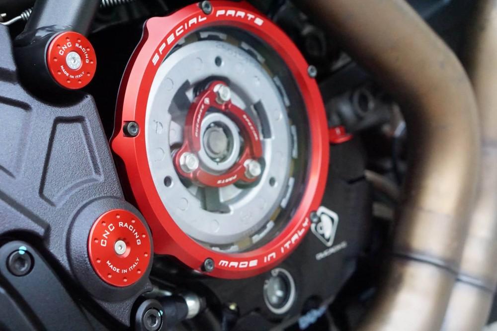 Ducati Diavel 2015 do kieng day manh me va hap dan - 4