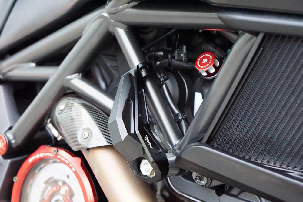 Ducati Diavel 2015 do kieng day manh me va hap dan - 5
