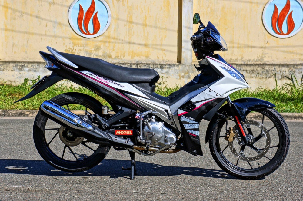 Exciter 2010 phong cach Spark rx135i - 2