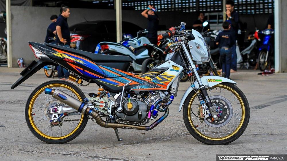 Honda Sonic do khung day phong cach cua biker Thai Lan - 8