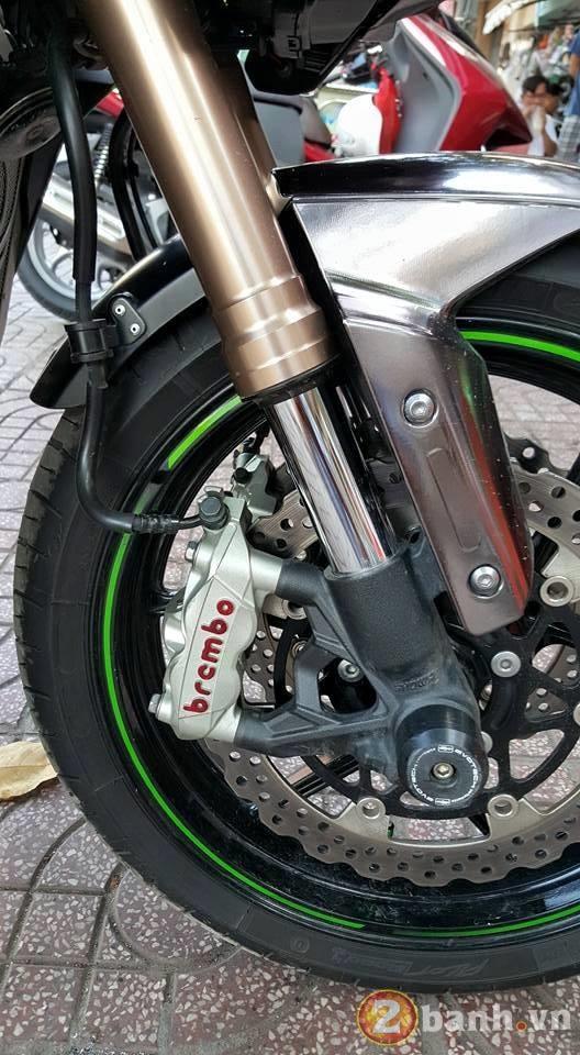 Kawasaki Z1000 dep va doc dao voi phien ban Decal Chrome - 4