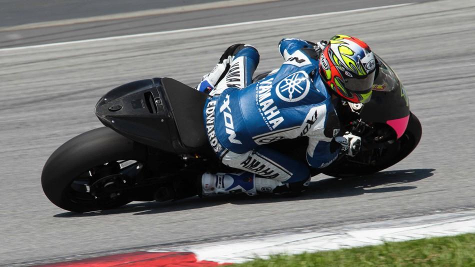 Michelin chay thu lop xe dua cho mua giai MotoGP 2016