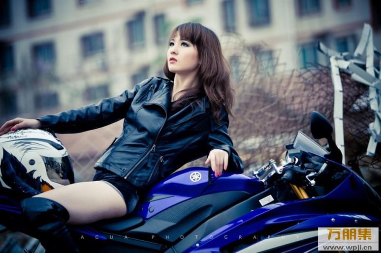 My nu xinh dep do dang cung Yamaha R6 - 2