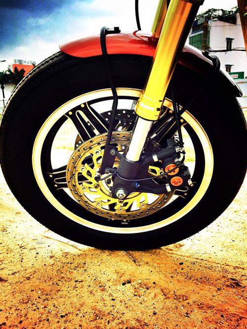 Xe do Honda GL500 cuc chat cua nu biker 8X Hai Phong - 13