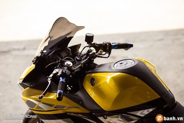 Yamaha R3 dep mat va doc dao voi bo tem day phong cach - 4