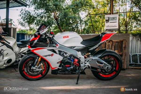 Aprilia RSV4 chat lu voi ban do day phong cach cua biker Thai - 12