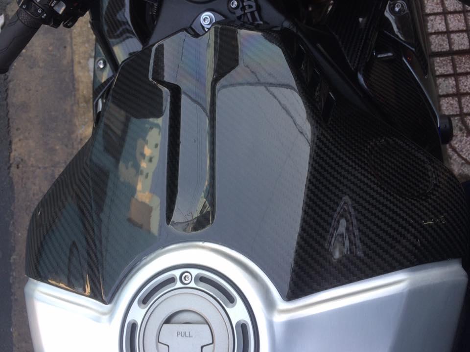 Showroom Motor Ken Can ban R1M xe san xuat 500 chiec tren toan the gioi - 7