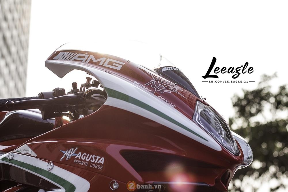 Sieu motor MV Agusta F4 RC khoe dang duoi anh nang Sai Gon - 8
