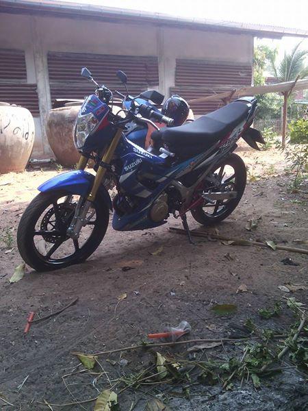 Suzuki Raider phong cach nha que - 4