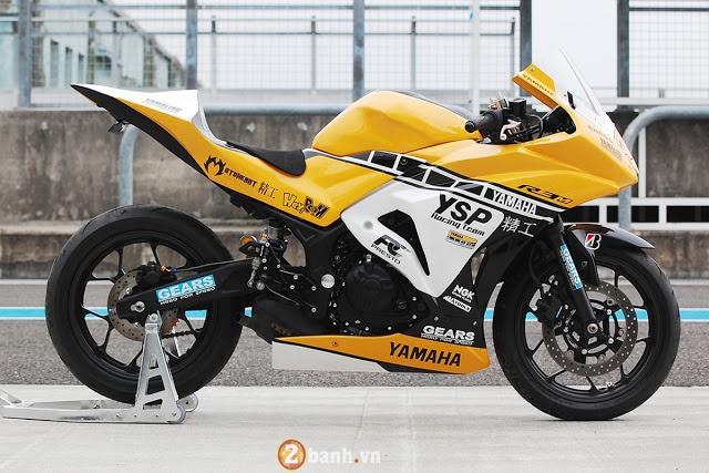 Ve dep hut hon cua Yamaha R3 do theo phong cach xe dua YZRM1 - 2