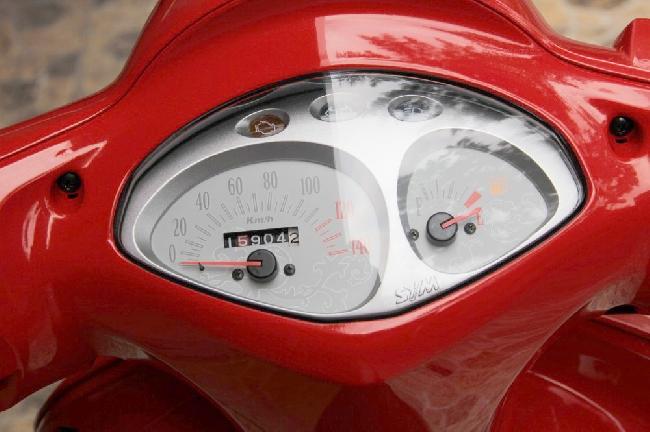 Ban xe SYM Elizabeth FI 2012 mau do - 3