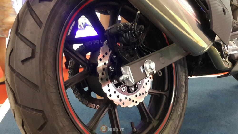 Can canh SYM Wolf T3 mau nakedbike hien dai va the thao - 11