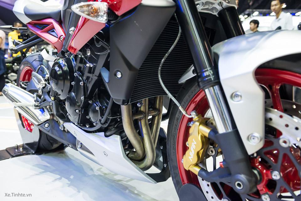 Can canh Triumph Street Triple RX phien ban dac biet tai Thai - 30