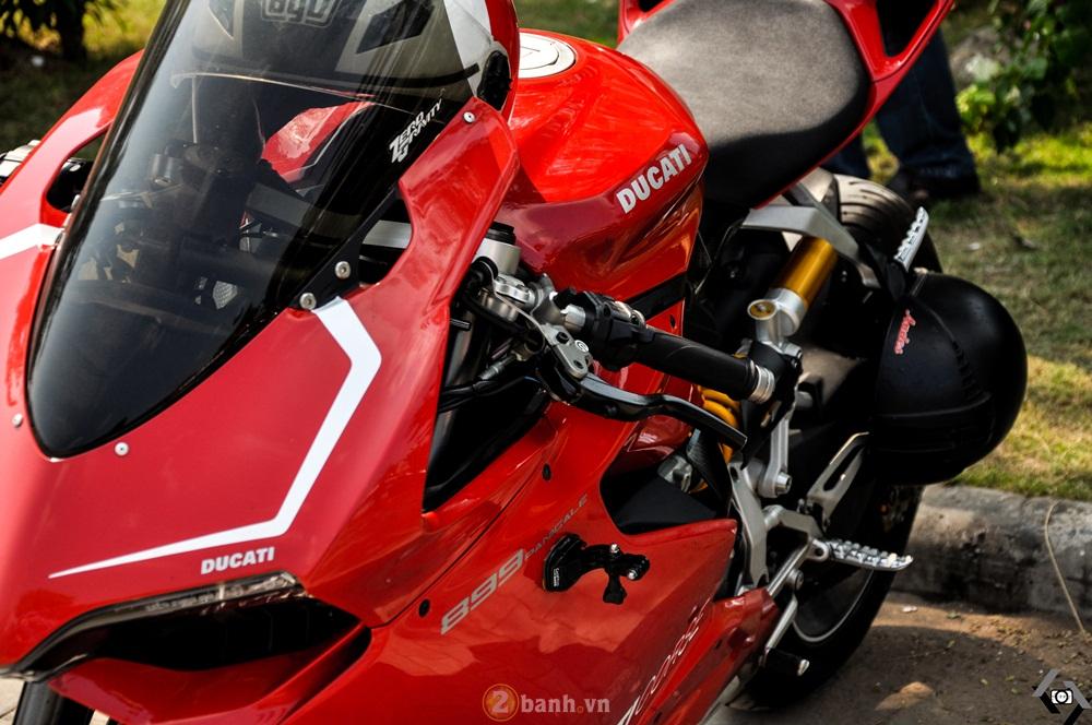 Cap doi Ducati 899 Panigale do an tuong cua DOC tai Viet Nam Motorcycle Show 2016 - 4