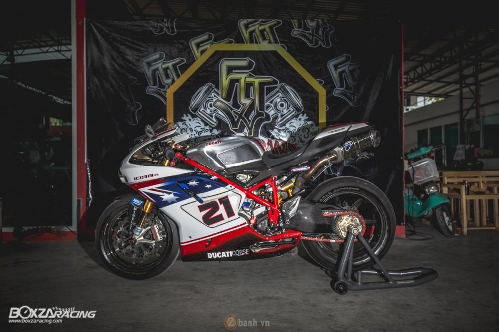 Ducati 1098R phien ban gioi han Troy Bayliss do sieu khung tu JC Superbike - 2