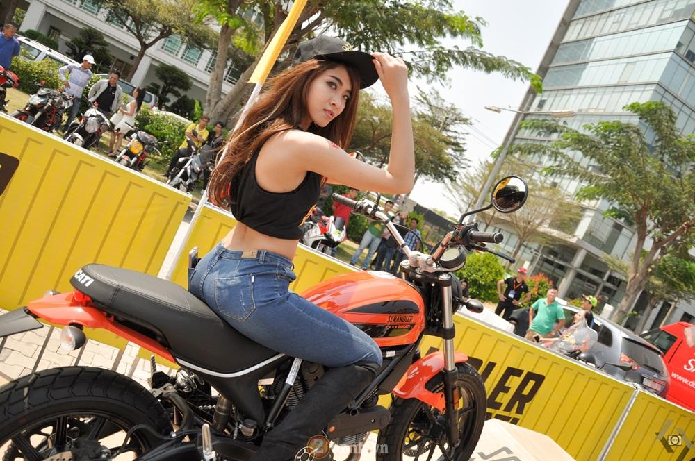Ducati Scrambler noi bat day phong cach tai Viet Nam Motorcycle Show 2016 - 18